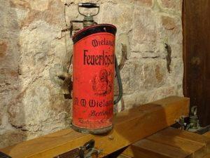 Feuerlöscher alt
